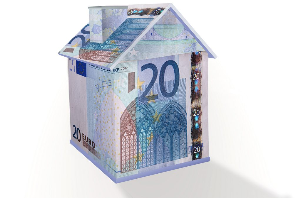 Spanish Banks to pay mortgage tax (AJD)